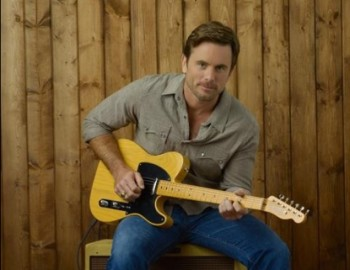 180462 charles esten as deacon claybourne in abcs nashville by becky